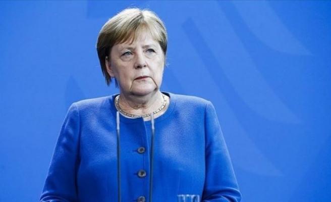 Almanya'daki insanların yüzde 60 ila 70'ine Koronavirüs bulaşabilir
