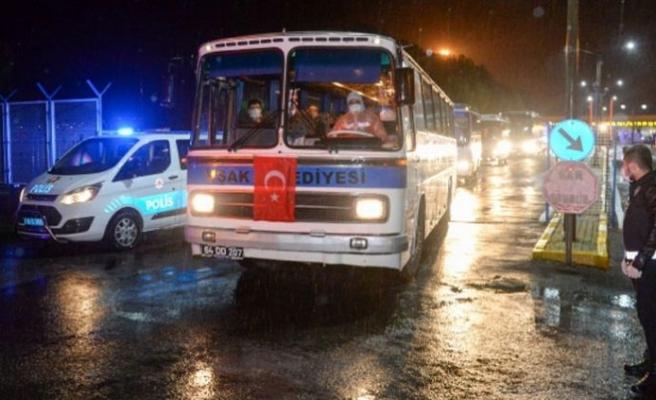 KKTC'den giden 580 kişi Niğde ve Muş'ta yurtlara yerleştirildi