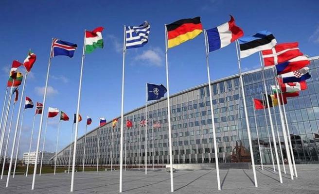 Koronavirüs NATO'yu da vurdu