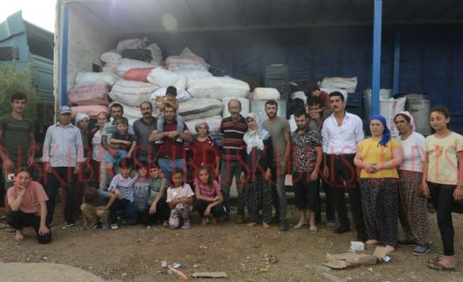 Eşyalarını TIR'a yüklediler,  gönderilmezlerse Girne  Limanı'nda eylem yapacaklar