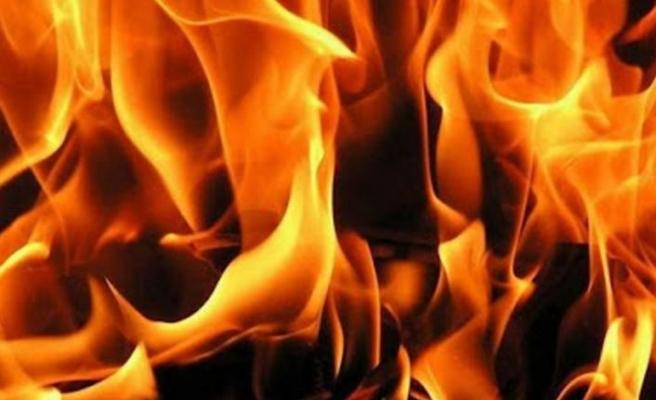 Bostancı'da yangın!