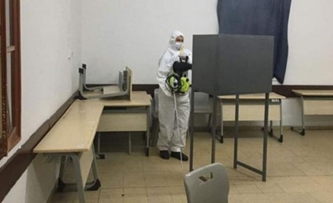 LTB Ekipleri Lefkoşa'daki sandık merkezlerini  dezenfekte etti