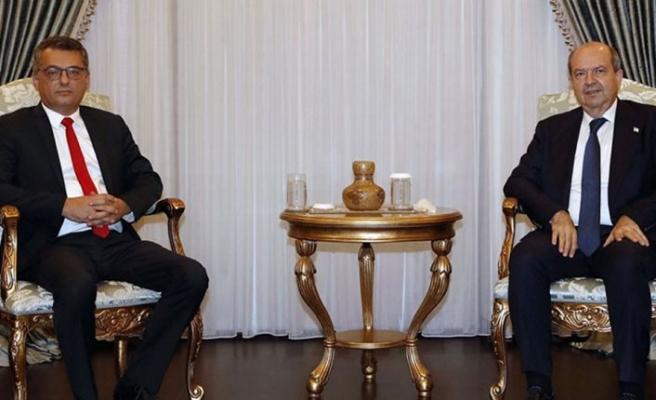 Cumhurbaşkanı Tatar Hükümeti kurma görevini Erhürman'a verdi
