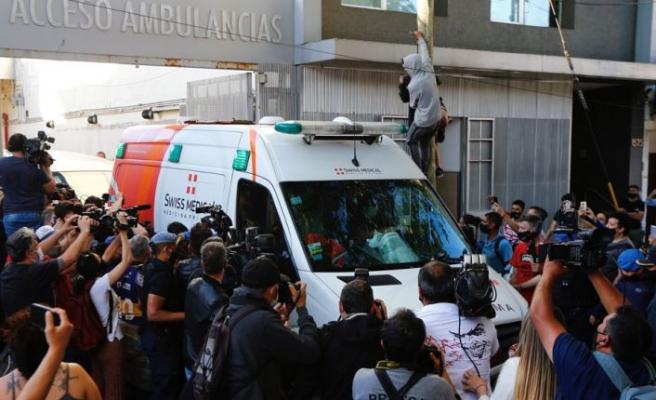 Maradona, taburcu edildi