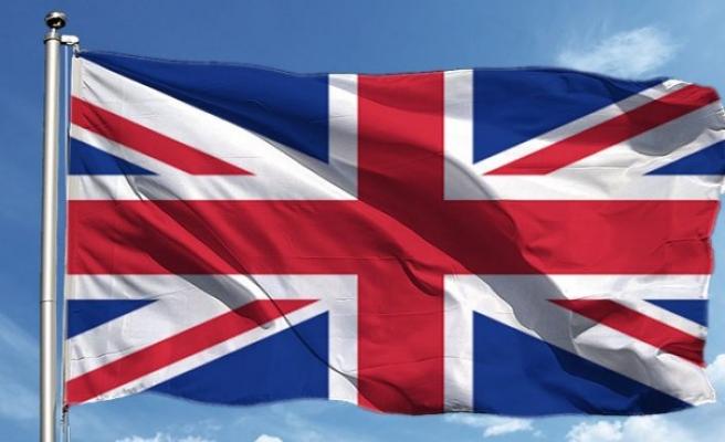 İngiltere'de ulusal karantina sona erdi