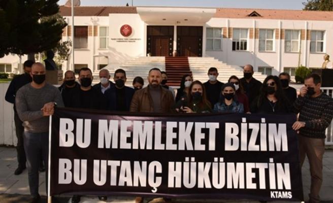 KTAMS, Özgürgün'ün istifasının reddedilmesini meclis önünde protesto etti