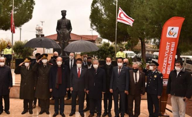 Yenilenen Akçay Atatürk Büstü düzenlenen törenle açıldı
