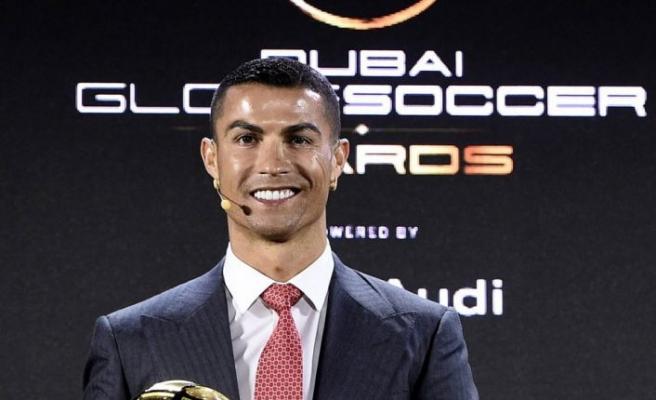 'Yüzyılın en iyi futbolcusu' Ronaldo