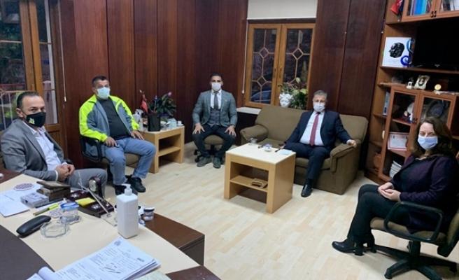 Sağlık Bakanı Ali Pilli, Lapta Belediyesi'ni ziyaret etti