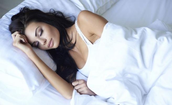 Aşı olanlarda güçlü antikor üretimi için 'düzenli ve kaliteli uyku' şart