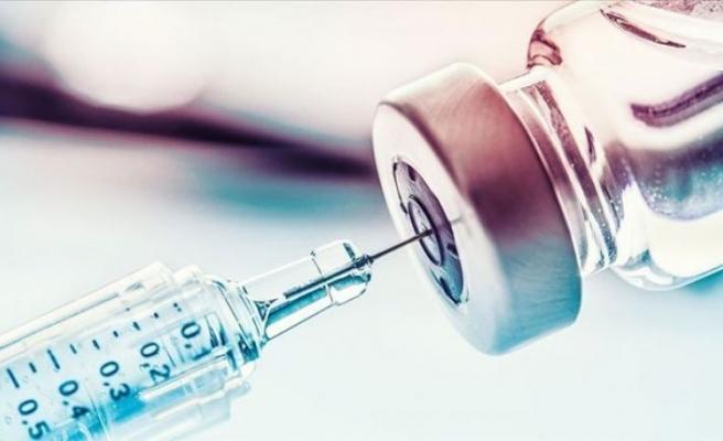 Gürcistan'da AstraZeneca aşısı olan hemşire komaya girdi