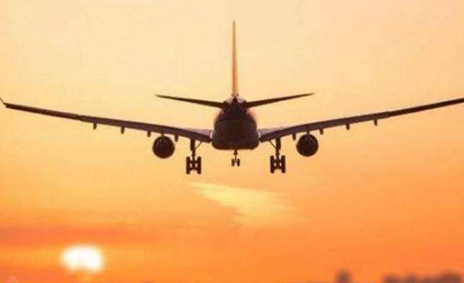 İngiliz basını: İngiltere'nin seyahat kısıtlamaları Temmuz ayına kadar uzatılacak