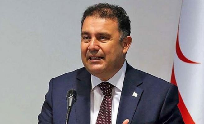 Başbakan Saner, Türk yıldızlarına ait düşen uçak ve şehit olan pilotla ilgili mesaj yayınladı