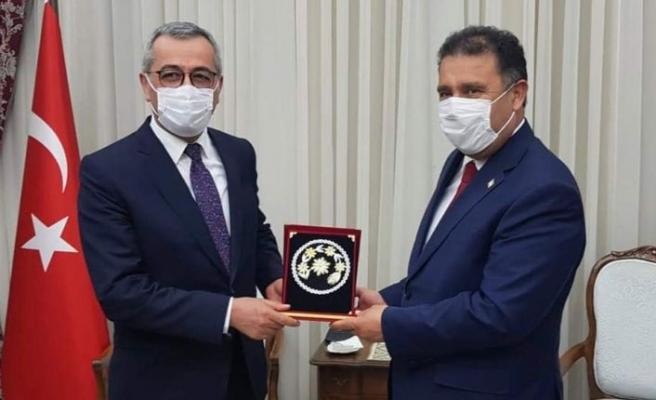 Başbakan Saner, Türkiye Belediyeler Birliği'nden bir heyeti kabul etti