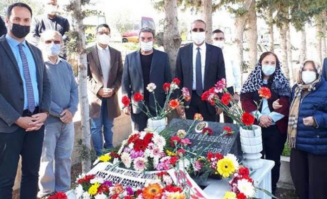 CTP Kurucusu ve ilk Genel Başkanı Ahmet Mitat Berberoğlu kabri başında anıldı