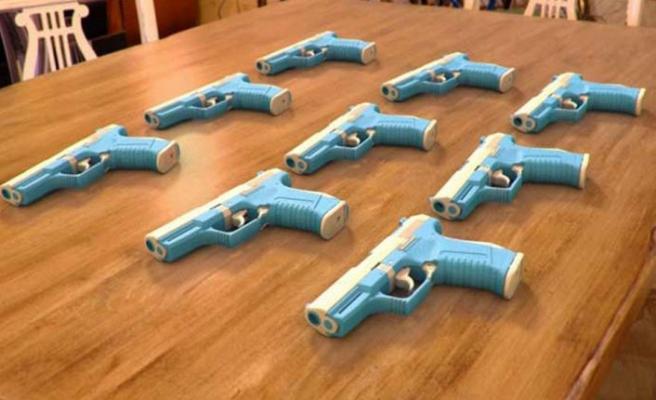 İspanyol polisi, üç boyutlu yazıcıyla silah üreten bir fabrikaya baskın düzenlendiğini açıkladı