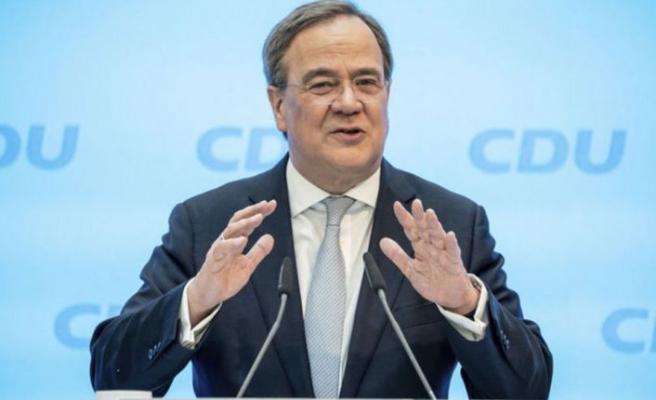 Merkel'in partisi Başbakan adaylığı için Laschet'i destekliyor