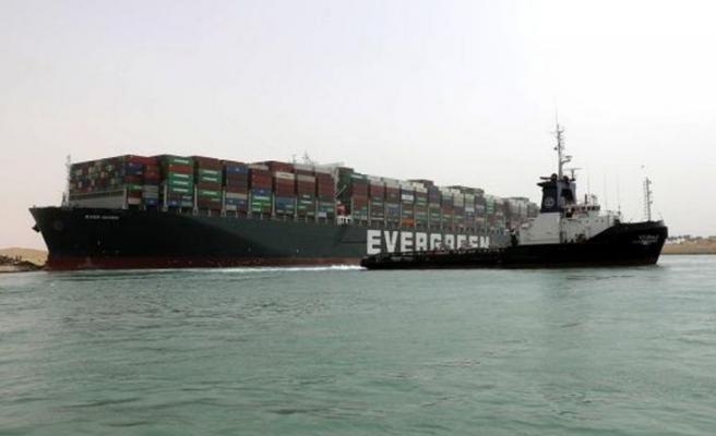 Süveyş'i tıkayan 'The Ever Given' için 900 milyon dolar tazminat talebi