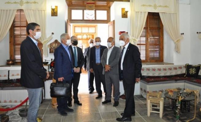 Türkiye Belediyeler Birliği Heyeti Güzelyurt'ta temaslarda bulundu