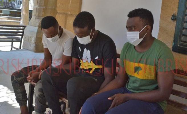 3 uyuşturucusatıcısı yakalandı