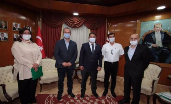Başbakan Ersan Saner, Atıcılık Federasyonunu kabul etti