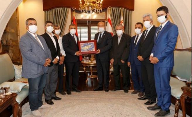 Cumhurbaşkanı Ersin Tatar, dernek ve gönüllü kuruluşlardan oluşan heyeti kabul etti
