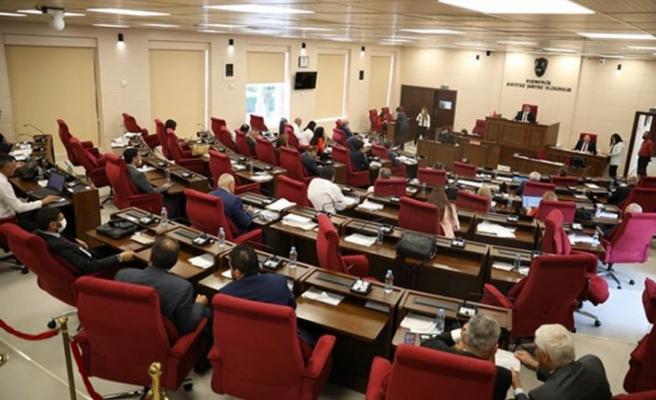 Cumhuriyet Meclisi Genel Kurulu'ndaki güncel konuşmalarda hükümetin icraatları konuşuldu