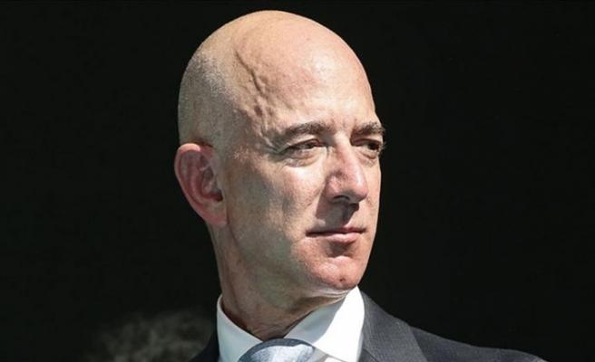 Jeff Bezos, Temmuz'da kardeşiyle uzaya gideceğini̇ açıkladı