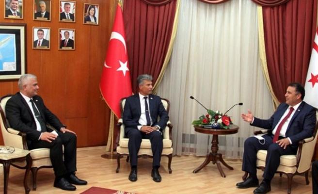 Başbakan Saner, görev süresi dolan Sivil savunma teşkilatı başkanı karakoç'u kabul etti