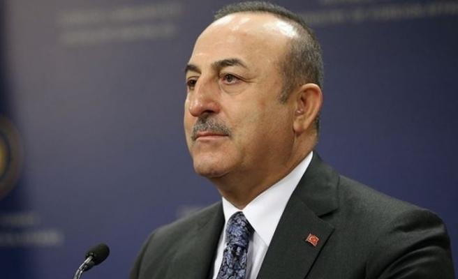 Çavuşoğlu, Dendias ile Galatasaray'ın Atina'da uğradığı muameleyi görüştü