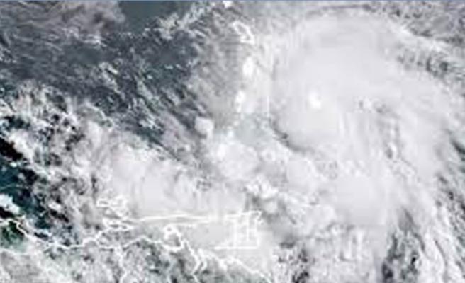 Florida'da tropikal fırtına uyarısı tedbirleri artırdı