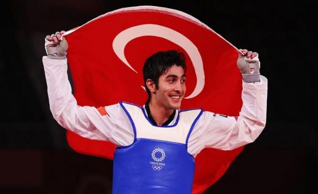 Olimpiyatlardaki ilk madalya Hakan Reçber'den geldi