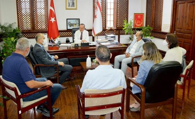Ataoğlu, T.C teknik heyetini kabul ederek, petrol sızıntısına karşı yapılan çalışmalar hakkında bilgi aldı