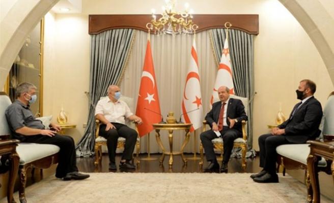 Cumhurbaşkanı Tatar, Satranç Federasyonu'nu kabul etti