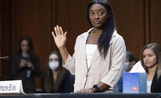 ABD'de Olimpik Cimnastikçiler,FBI'ı takımdaki cinsel tacizi görmezden gelmekle suçladı