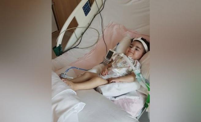 Asya bebeğin kas kaybıiçin tedavisi başladıama esas olan gen tedavisi
