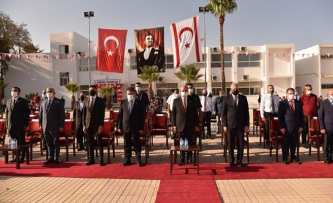 Cumhurbaşkanı Tatar, Başbakan Saner ve Milli Eğitim ve Kültür Bakanı Amcaoğlu Gönyeli İlkokulu'na yapılan yeni derslikleri açtı