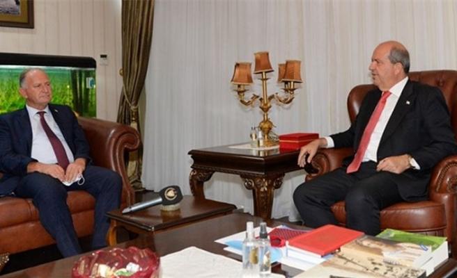 Cumhurbaşkanı Tatar, hakkındaki suçlamalardan beraat eden UBP Milletvekili Çaluda'yı kabul etti