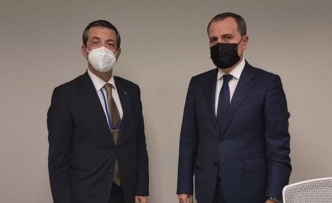 Dışişleri Bakanı Ertuğruloğlu, Azerbaycan Dışişleri Bakanı Bayramov ile görüştü