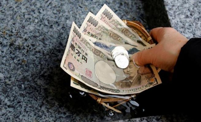 Japonya'da iktidar partisinin eski milletvekiline rüşvetten 4 yıl hapis ve 7,6 milyon yen para cezası