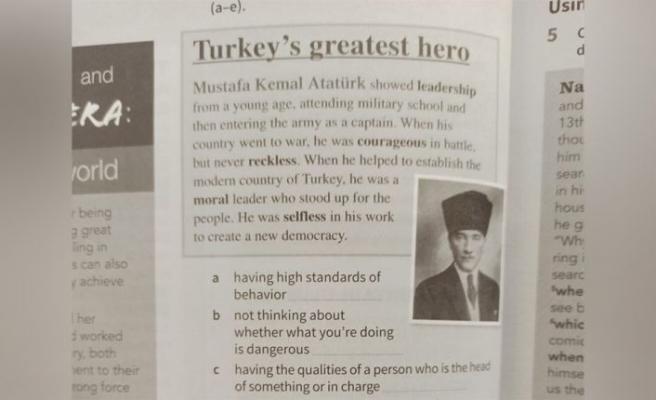 Rum Eğitim Bakanlığı, Atatürk'ün anlatıldığı kitabı toplatıyor
