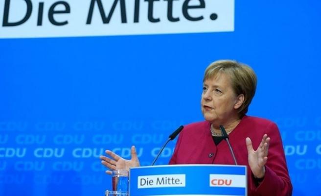 Taliban, Merkel'i Afganistan'a davet etti