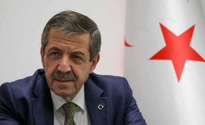 """Ertuğruloğlu: """"Hiçbir ülkede giriş yasağı konulan kişiler listesini yayımlama gibi bir uygulama yoktur"""""""