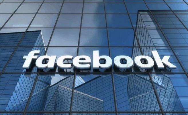 Facebook internet sitesi yeniden hizmet vermeye başladı