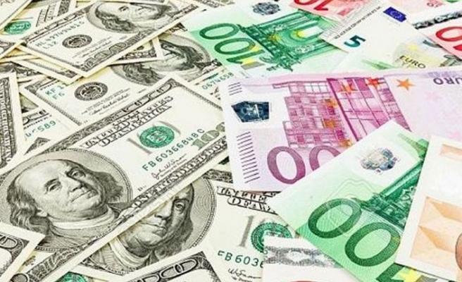 Serbest piyasada Dolar 9 Tl'nin üzerinde işlem görüyor