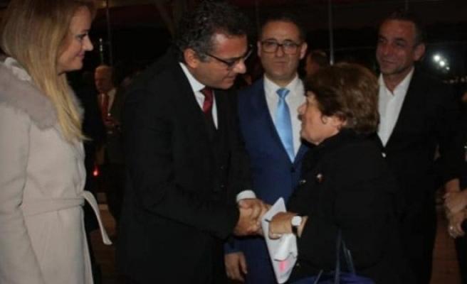 'Hem Kıbrıs sorununda hem kalkınmada çetin bir mücadele içindeyiz'