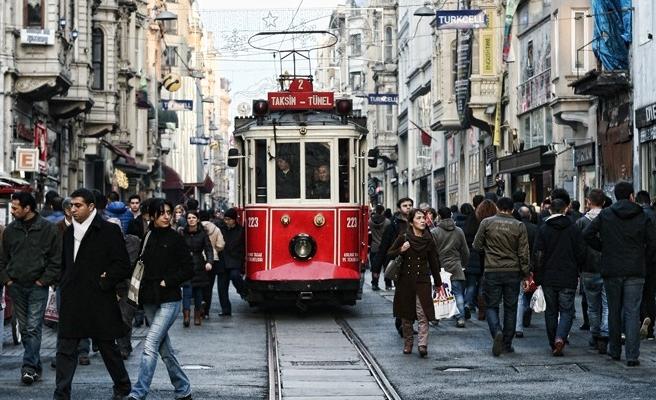 İstanbul'un nüfusu 172 ülkeden daha fazla