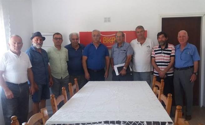 'Askersiz ve silahsız bir Kıbrıs istiyoruz'