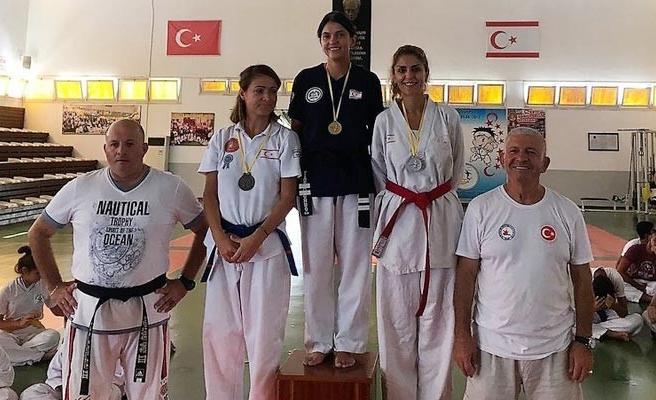 Taekwondocular yarıştı