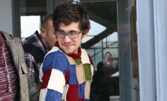 İranlı Sina, 3 ay hapse mahkum edildi
